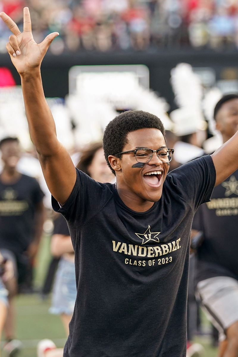 First year students participate in the annual Anchor Dash prior to the Vanderbilt football home opener against the Georgia Bulldogs.(Hunter Long/Vanderbilt University)